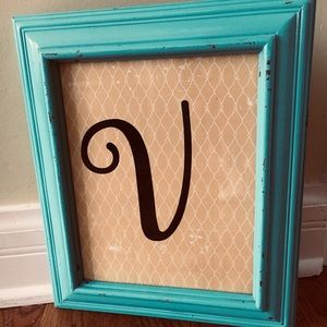 Shabby Chic V in Teal Frame